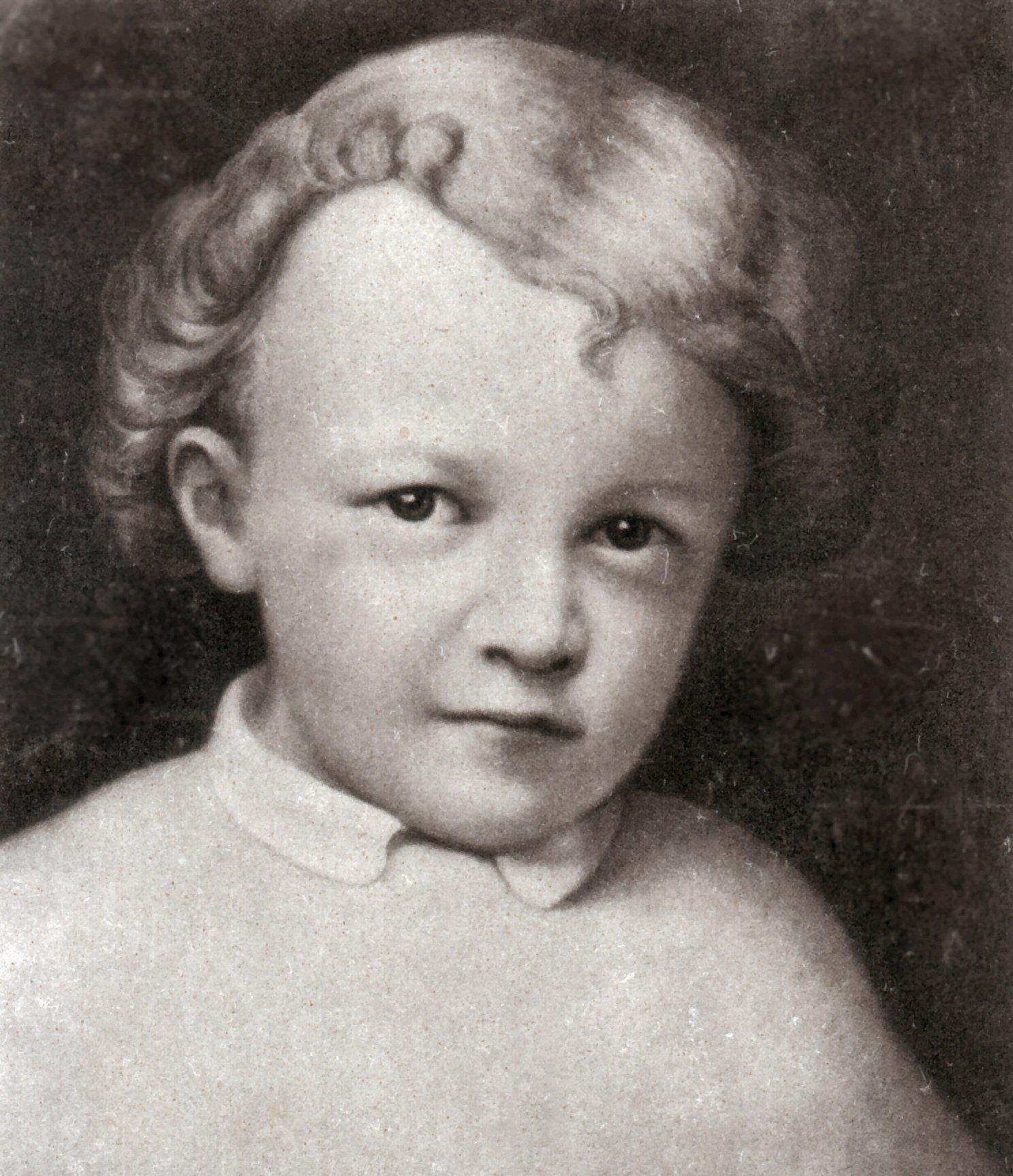 Vladimir Ilyich Ulyanov Lenin, Age 4