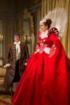 Nathan Lane and Julia Roberts in <em>Mirror Mirror</em> (2012)