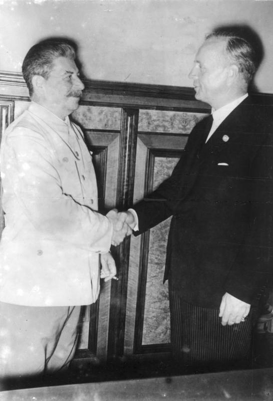 Signing of the Nazi-Soviet Non-Aggression Pact - Stalin and von Ribbentrop